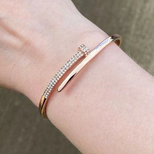 Diamond Crystal Nail Bracelet
